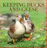 Keeping Ducks and Geese, Chris Ashton and Mike Ashton, 0715331574