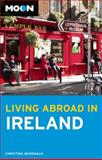 Moon Living Abroad in Ireland, Christina McDonald, 1612381812