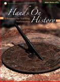 Hands on History : A Resource for Teaching Mathematics, Amy Shell-Gellasch, 0883851822