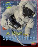 A Visit to a Space Station, Claire Throp, 1410962024