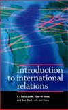 Introduction to Internationnal Relations : Problems and Perspectives, Jones, Peter and Peters, Joel, 071905253X