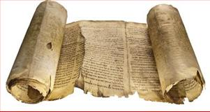 The Dead Sea Scrolls : A set of three facsimile scrolls of the most important Dead Sea Scrolls discovered in Cave 1 above Qumran on the banks of the Dead Sea in 1947, now in the Shrine of the Book, Jerusalem, and a further three fragments from Cave 4, now in the collection of the National Archaeological Museum in Amman, Jordan, , 094822326X