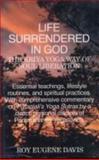 Life Surrendered in God, Roy Eugene Davis, 8120814959