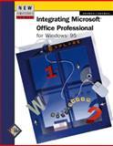 New Perspectives on Integrating Microsoft Office Professional for Windows 95, Adamski, Joseph J. and Adamski, Judy, 0760045763