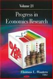 Progress in Economics Research. Volume 21, Wouters, Thomas L., 1611228085
