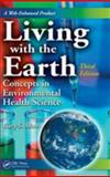Living with the Earth 9780849379987